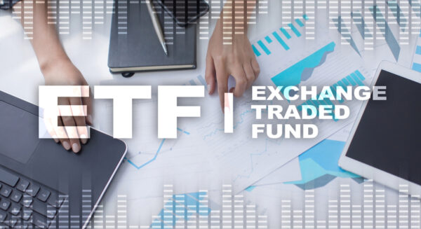 chứng chỉ quỹ có giống cổ phiếu không?