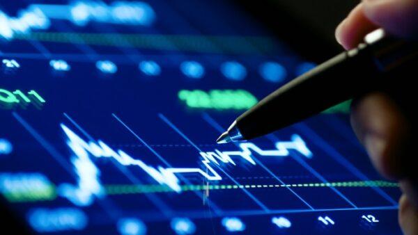 Hướng dẫn chơi cổ phiếu cho người mới từ ví dụ thực tiễn